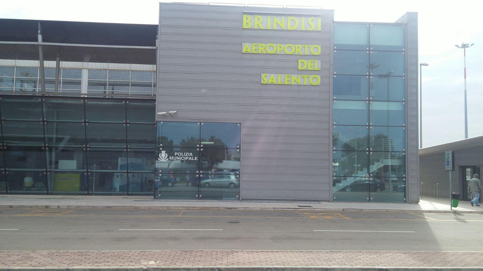 Aeroporto Bari : Aeroporti a giugno passeggeri in crescita su brindisi e bari