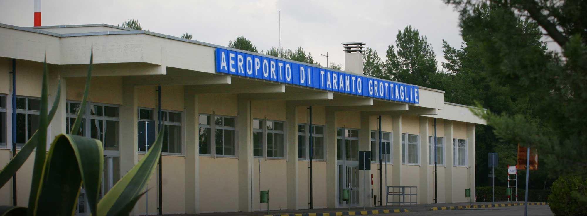 Aeroporto Brindisi : Brindisi berlino nuovo volo easyjet